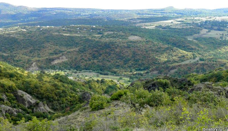 Вид на окрестности с каньонов