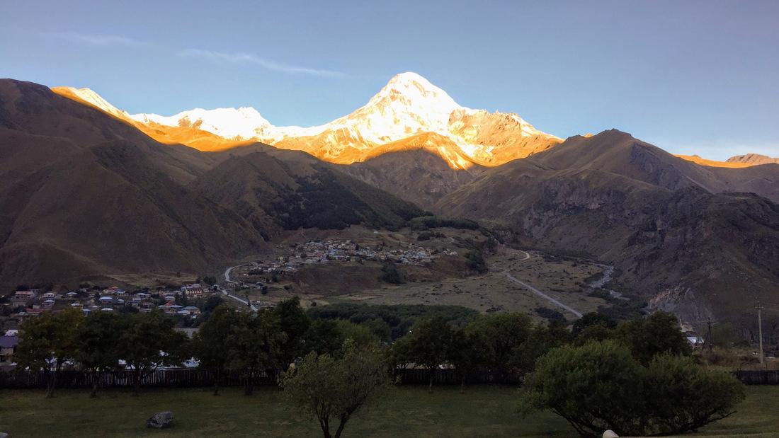 гора Казбег Казбеги экскурсия