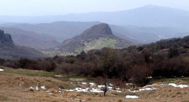 Гомборский перевал зимой