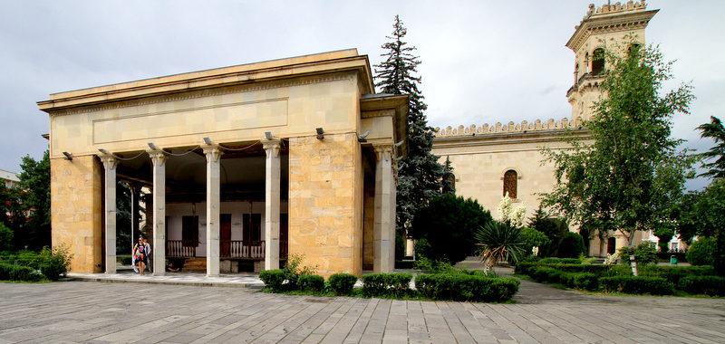Музейный комплекс Сталина в Гори