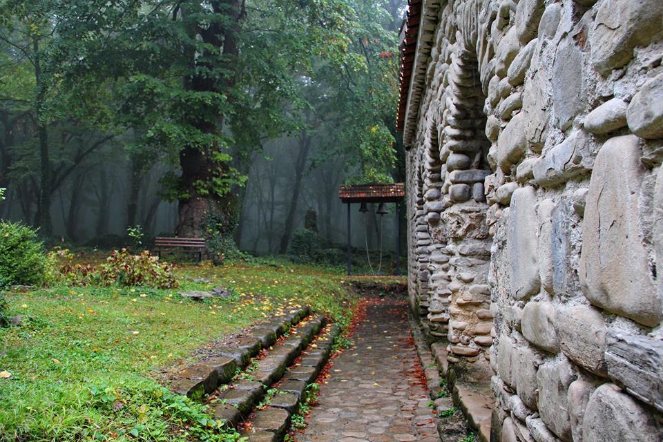 Заброшенные красивые монастыри в Кахетии