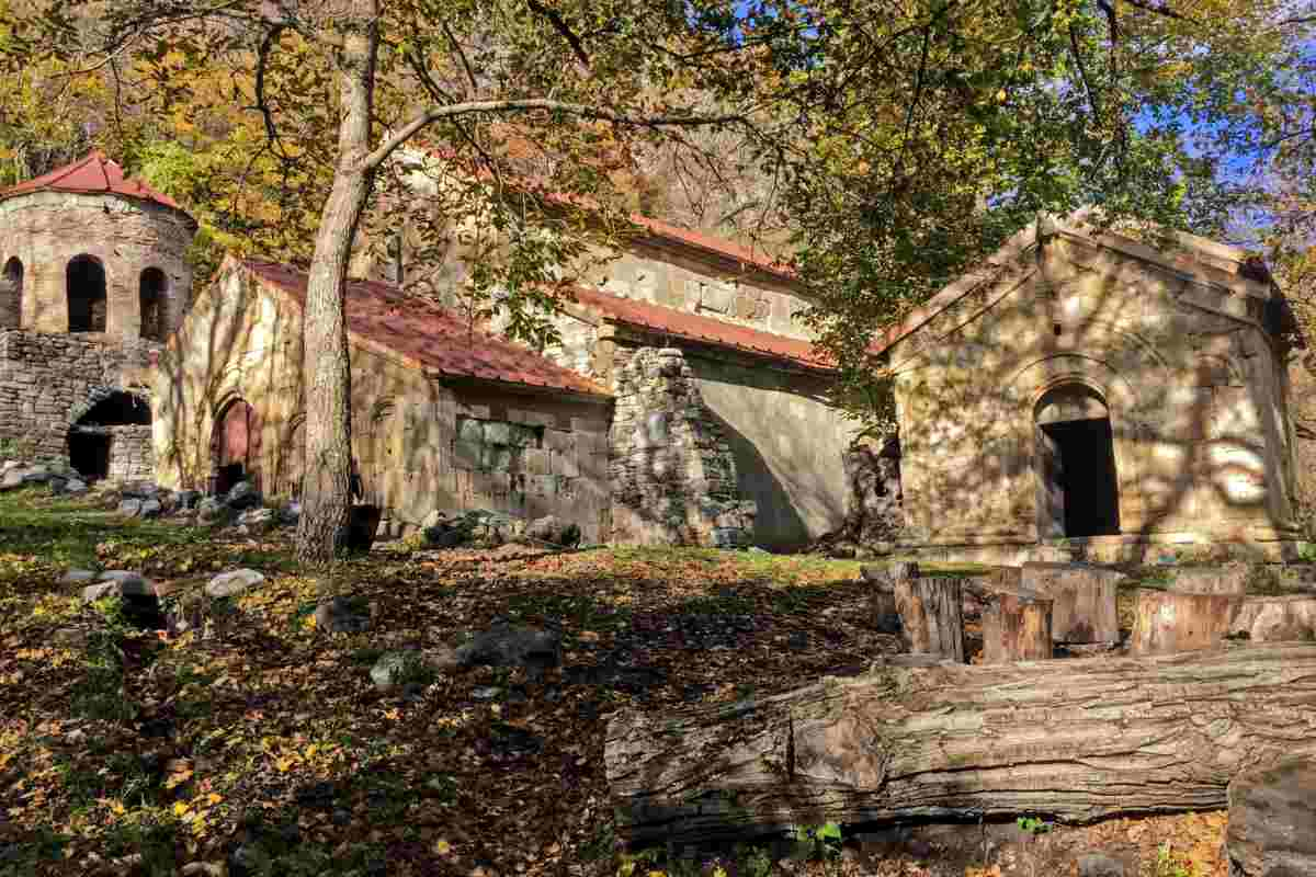 Женский монастырь Ркони